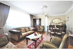İstanbul House'dan,Bahçelievler Siyavuşapşa'da 4+2 165 M2, Dublex.