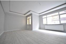 İstanbul House'dan, Bahçelievler Siyavuşpaşa 'da 2+1 100 m2
