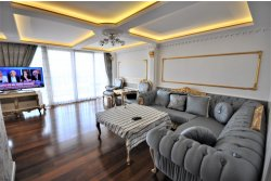 İstanbul House'dan, Ataköy 1.Kısım'da, 4+1, 220m2, Deniz Manzaralı Daire.