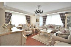 İstanbul House'dan, Bahçelievler Siyavuşpaşa 'da  4+1 200 m2 Daire.